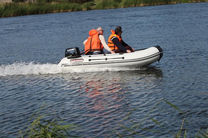 лодки вятка пвх под мотор каталог и цены